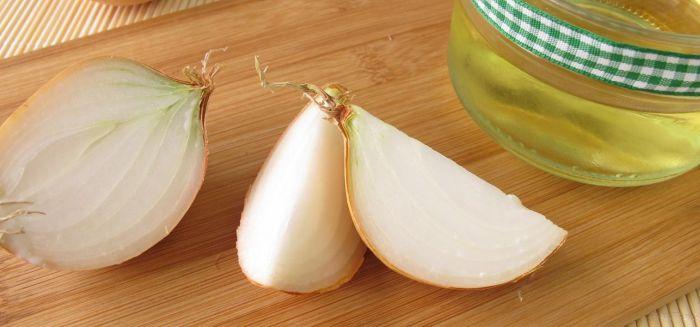 Remedii naturiste pentru tuse - suc de ceapa