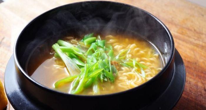 Remedii naturiste pentru tuse - supa fierbinte